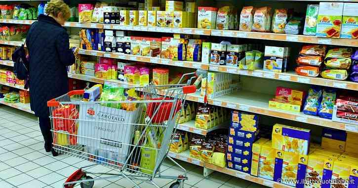 """""""Sì alla spesa in un altro Comune se si risparmia, anche in zona rossa"""": il governo aggiorna le risposte alle Faq sul Dpcm"""