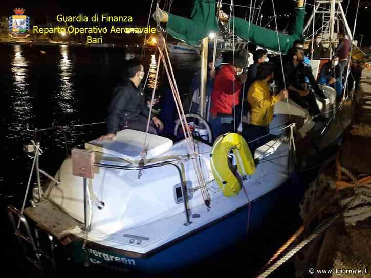 Arriva un veliero carico di migranti: la tratta di esseri umani non si arresta