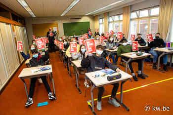 Middenschool Brugge-Centrum geeft racisme de rode kaart