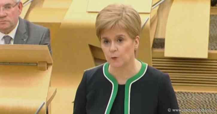 """La premier scozzese annuncia il lockdown in 11 contee: """"L'obiettivo è avere un impatto positivo prima di Natale"""""""