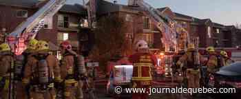 [PHOTOS] Incendie dans un immeuble à logements de Lebourgneuf