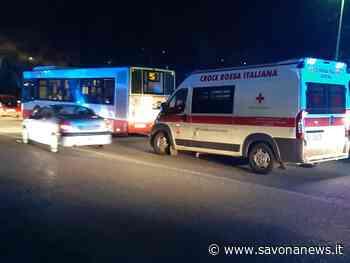 Savona, cade alla fermata dell'autobus: 85enne trasportata al San Paolo - SavonaNews.it