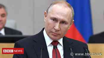 Russia moves to protect Putin from prosecution