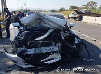 Aparatoso accidente entre dos vehiculos en carretera Guadalaja – Ameca. - Tala Jalisco Noticias