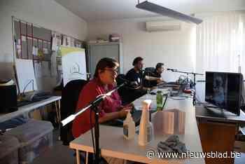Licht in donkere dagen: bewoners van woon-zorgcentrum kunnen plaatjes aanvragen op hun eigen lokale radiozender<BR />