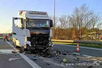 Veel verkeershinder op E314 richting Nederland door ongeval tussen trucks