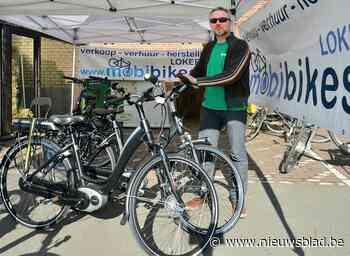 """Fietsenhandelaar Christophe betrapt jonge fietsendief aan het loempiakraam: """"Ik herkende de dure fiets meteen"""""""