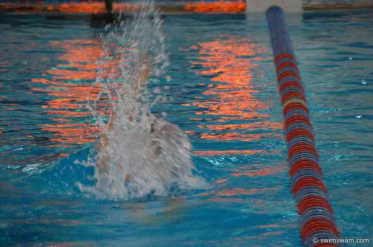 Novelline Smashes 53.0 in 100-Yard Back To Highlight IL Club Meets