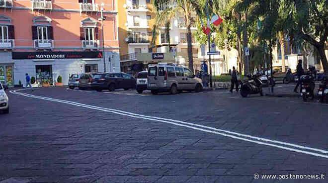Piano di Sorrento: controlli di routine in Piazza Cota. Beccati anziani a leggere il giornale - Positanonews