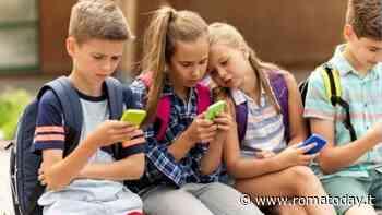 La Media Education spiegata ai genitori: la guida del Corecom Lazio