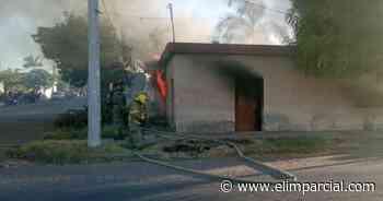 Accidentalmente persona quema su propio hogar en Navojoa; sólo hubo daños materiales - ELIMPARCIAL.COM