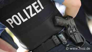 Polizei: Schmierereien an Gebäude in Fredersdorf-Vogelsdorf - Staatsschutz ermittelt - moz.de