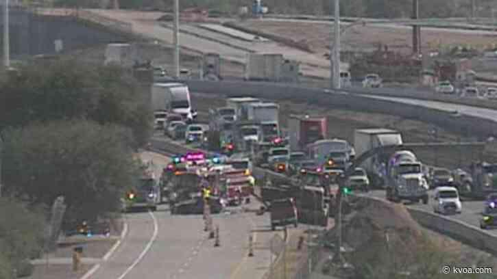 TRAFFIC ALERT: Crash on I-10 near Sunset Rd