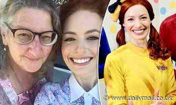 Yellow Wiggle Emma Watkins shares a rare photo of herself with her mother Kathryn