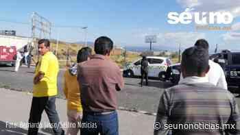 Dejan cadáver abordo de taxi en la Toluca Naucalpan - SéUno Noticias