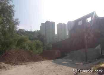 No somos su patio trasero, aguas negras dañan a vecinos en Naucalpan - La Silla Rota