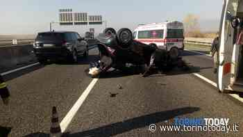 Orbassano, scontro in tangenziale: auto ribaltata, quattro feriti - TorinoToday
