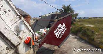 Dejan turistas 6 toneladas de basura en Playa Miramar - Expreso