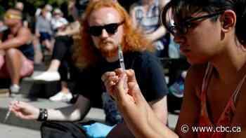 Ex-health minister Philpott says federal government should back drug decriminalization in Vancouver