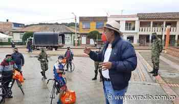 A pesar de cuestionamientos alcalde de Cómbita dice que habrá alumbrado navideño - W Radio