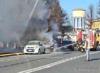 Auto in fiamme in Lungo Tanaro Magenta ad Alessandria: sul posto i Vigili del Fuoco - Radiogold