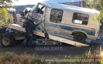 Deja volcadura un muerto y nueve heridos en Valle de Santiago - El Sol de Salamanca