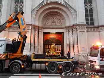 Klok tikt voor Sint-Anna: deadline nadert voor supermarkt van Delhaize in kerkgebouw - Het Nieuwsblad