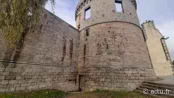 Pourquoi une porte au pied des remparts du château de Guingamp ? - actu.fr