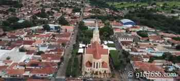 Santa Rita do Passa Quatro publica decreto que amplia horário do comércio em dezembro - G1