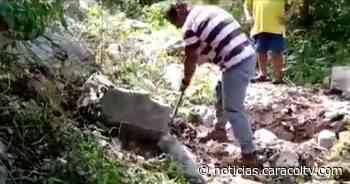 Campesinos de Agustín Codazzi, en Cesar, abren vía a punta de pico, pala y barretón - Noticias Caracol