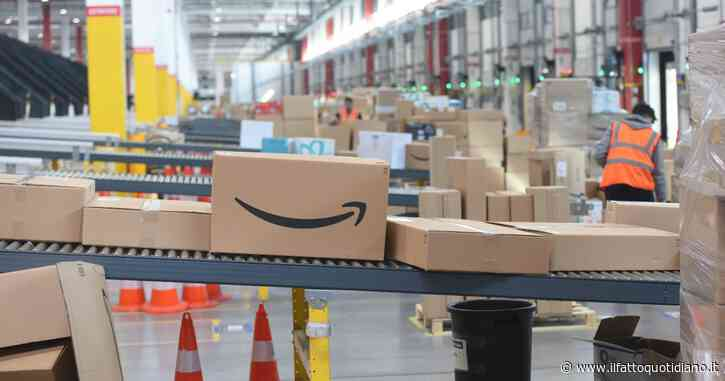"""Black Friday, Confesercenti scrive a Conte: """"Posticipare i super sconti o i negozi fisici svantaggiati rispetto a colossi come Amazon"""""""