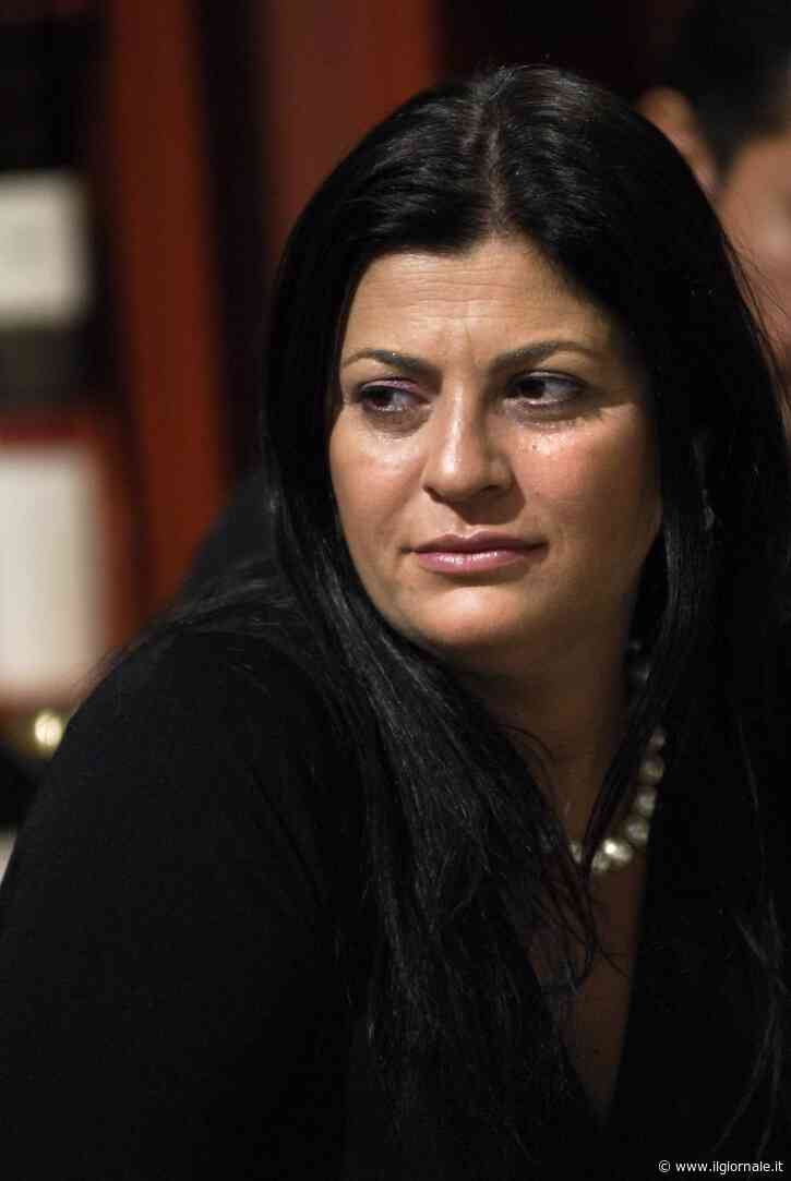 """Ora parla la sorella di Santelli: """"Morra? Un po' confuso. Ha offeso Jole e chi soffre"""""""