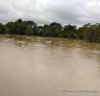 Se inundó el corregimiento Papayal en el bajo Rionegro, Santander - RCN Radio