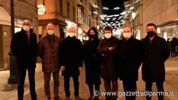 Iniziano ad accendersi le luminarie di Natale - Gazzetta di Parma