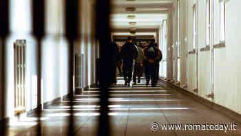 Rebibbia, droga e cellulari per il figlio detenuto in carcere: denunciata una mamma