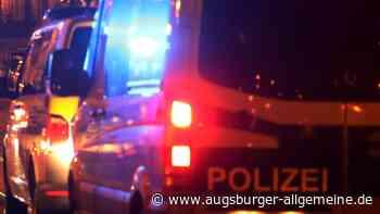 Nicht corona-konform: Polizei löst Grillfeier und Party in Wohnung auf