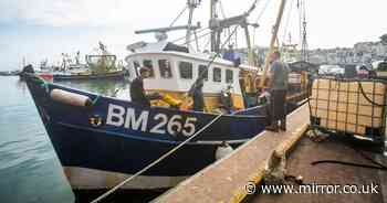 Search for fishermen missing after boat sank near Sussex coast called off