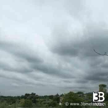 Meteo Chieti: molte nubi domenica, bel tempo lunedì, molte nubi martedì - 3bmeteo