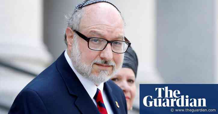 Spy Jonathan Pollard expected to fly to Israel after US lifts parole