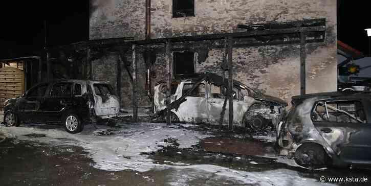 Drei Autos zerstört, Haus unbewohnbar: Feuer in Wesseling richtet schweren Schaden an - Kölner Stadt-Anzeiger