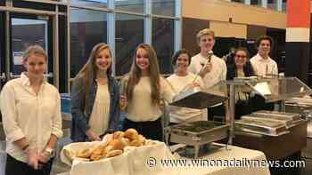 Winona Senior High to serve close to 400 meals at annual Thanksgiving dinner - Winona Daily News