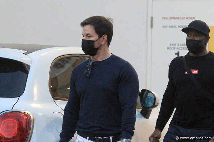 Mark Wahlberg Spotted Wearing The One Rolex Everyone Wants Right Now