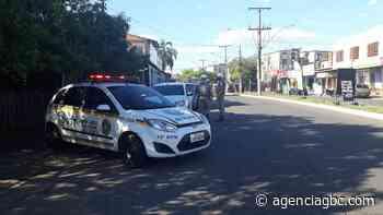 """Operação """"Lockdown"""" aborda mais de 100 pessoas em Canoas - Agência GBC"""