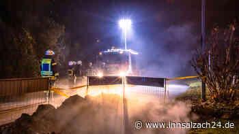 Burghausen: Elektrobrand in Baugrube führt zu Großeinsatz der Feuerwehr - innsalzach24.de