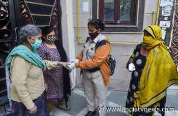 Delhi: Over 100 deaths for third consecutive day; 6,746 fresh coronavirus cases - India TV News