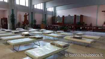Non c'è più posto, letti anche in chiesa al San Luigi di Orbassano. Si pensa anche alla sala convegni - La Repubblica