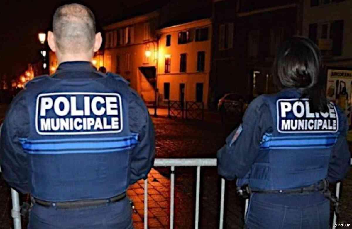 Roubaix. Un homme leur fonce dessus : les policiers municipaux sortent leurs armes - actu.fr