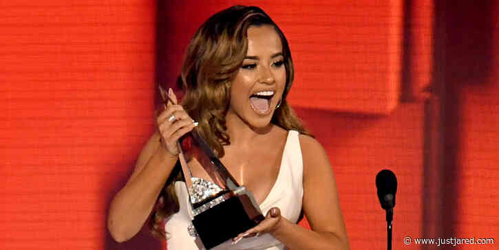 Becky G Celebrates Her AMAs Win & Dedicates Her Award to Immigrant Families