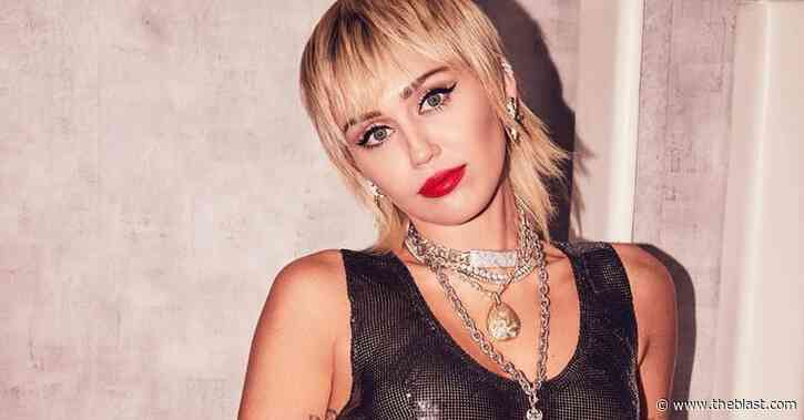 Miley Cyrus STUNS Spread Eagle Getting Licked By Dua Lipa Dripping Fake Blood! - The Blast