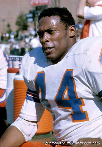 Broncos to send game ball to seriously ill Hall of Famer Floyd Little